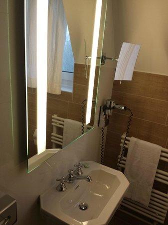 Hotel Barriere Le Westminster: Propre. Lumineuse. Bien conçue.