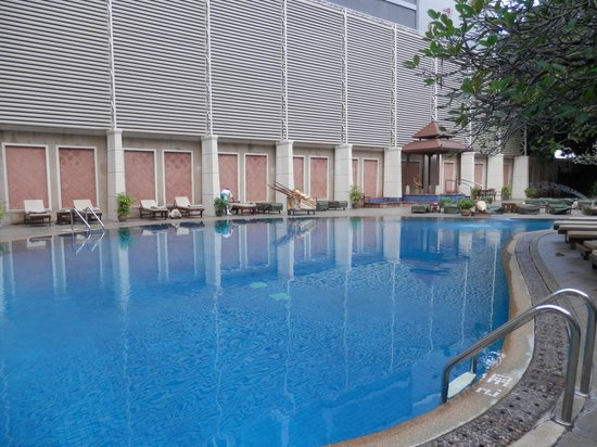 The Bayview Hotel: The Hotel's swimming pool