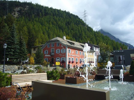 Hotel Steinbock: Situation et aménagements