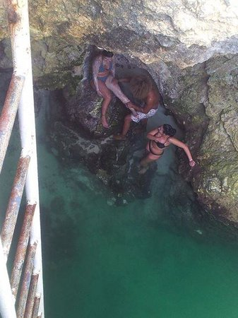 Blue Hole Mineral Spring: Blue Hole Scrub by BJ