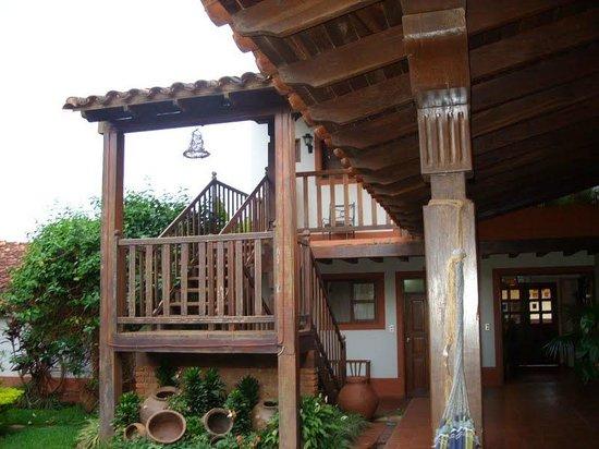Apart Hotel San Ignacio : ista da rede da varanda