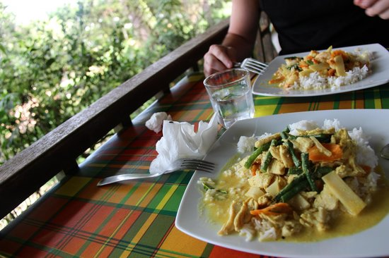 Roura, Guiana Francesa: poulet curry + crevettes curry