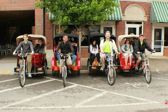 Tulsa Pedicabs Restaurant Tours : Four pedicabs...eight adults!