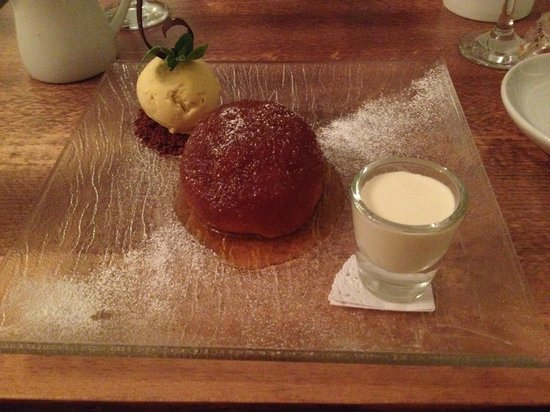 Quay 33 : The best Treacle Pudding I have ever had.......