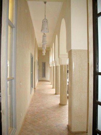 Riad Nashira & Spa : L' arcata dalla piscina