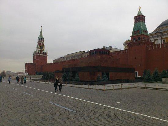 Lenin's Mausoleum : Мавзолей на Красной площади