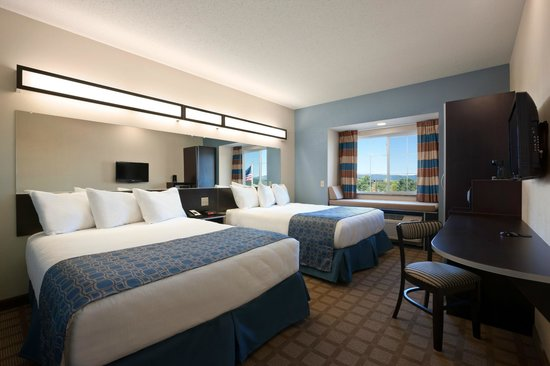 Microtel Inn & Suites by Wyndham Wilkes Barre: Double Queen