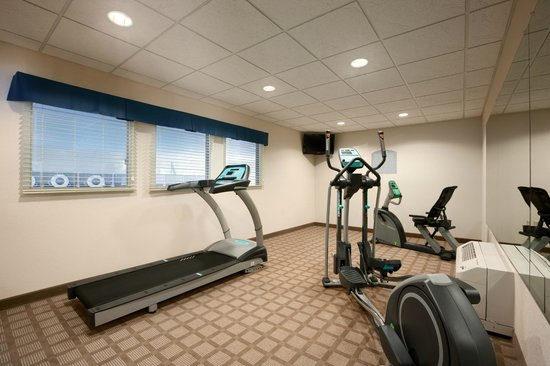 Microtel Inn & Suites by Wyndham Wilkes Barre: Fitness Center