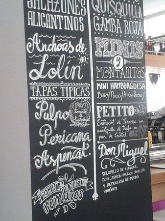 La Taberna de Tito gastronomia Alicantina: Wallmenu