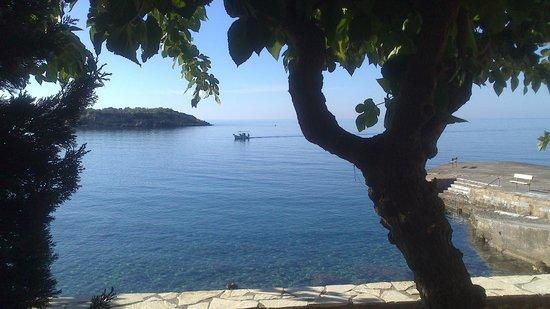 Les Sirenes (Gorgones): der Fischer kommt