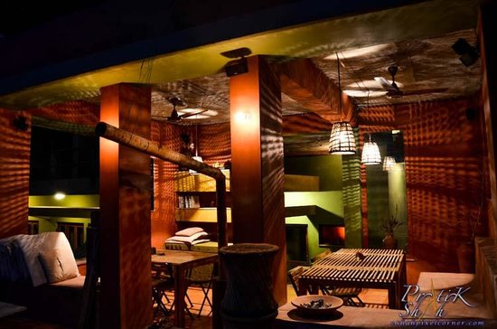 Rainforest House - Rishikesh: Very nice light effects and decorations