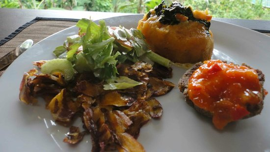 Finca Tierra: Sweet potatoes, basket of nuts and seeds and tropical spinich
