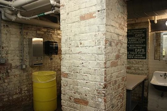 MASS MoCA: Funky bathrooms.