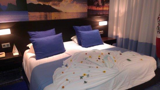 SENTIDO Phenicia: our room
