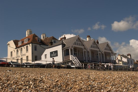 The Royal Hotel: Hotel from the beach