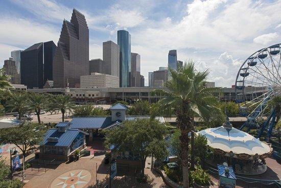 The Westin Houston Downtown: Skyline View
