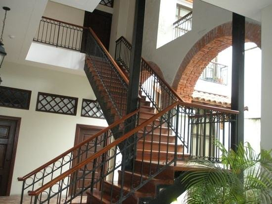 Patty's Casitas: Stairs to the Loft!