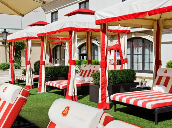 The St. Regis Atlanta: Cabanas