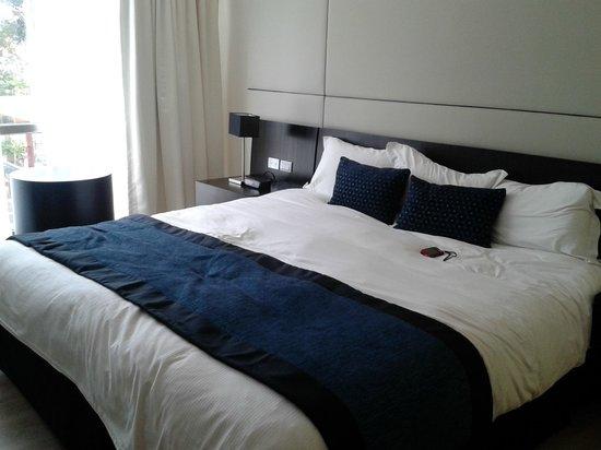 Hotel Oro Verde Cuenca: Comfortable bed