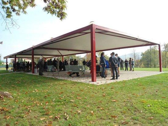 Nuova Giacobba : Il meraviglioso gazebo esterno con parco annesso