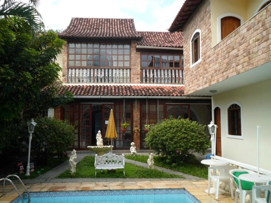 Vila Muriqui, RJ : Vista dos apartamentos