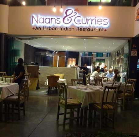 Naans & Curries: The Restaurant