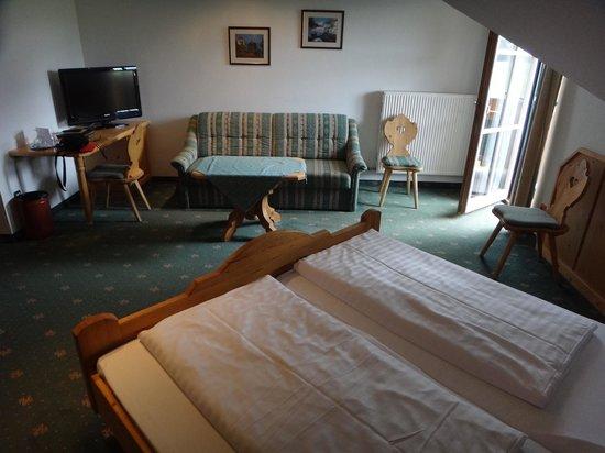 Hotel-Pension Bloberger Hof: Mobiliário mais antigo