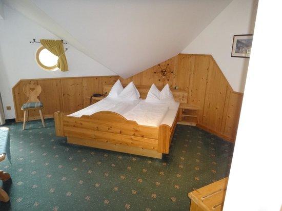 Hotel-Pension Bloberger Hof: Cuidado ao acordar pra não bater a cabeça no teto