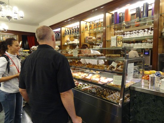 Italy Cruiser Bike Tours: yummm - pastries!