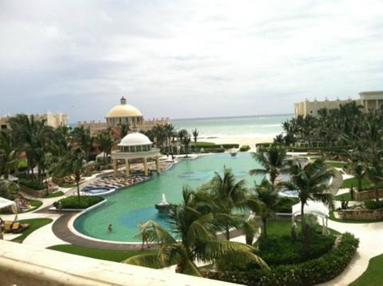 Iberostar Grand Hotel Paraiso : View of Pool from Above