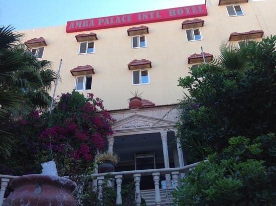 Amra Palace Hotel: façade de l'hôtel