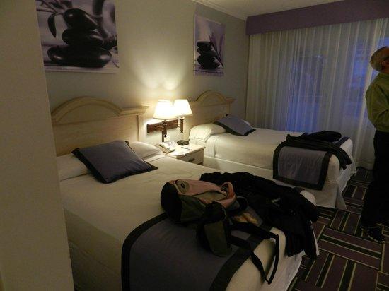 Hotel Riu Plaza Miami Beach : habitación con 2 camas extra large
