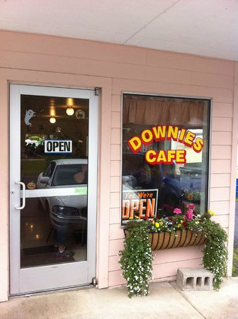 Downie's Cafe