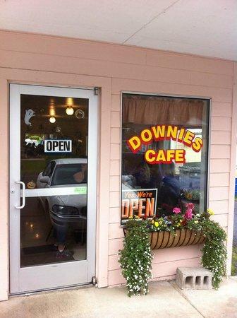 Downie's Cafe