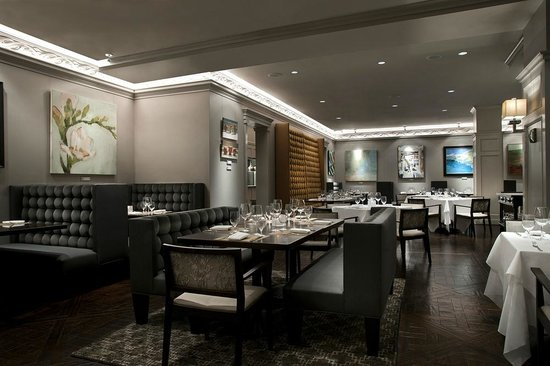 Gallery Restaurant At The Ballantyne Charlotte Located Features Art By