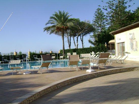 Villa Romana Hotel : la piscine
