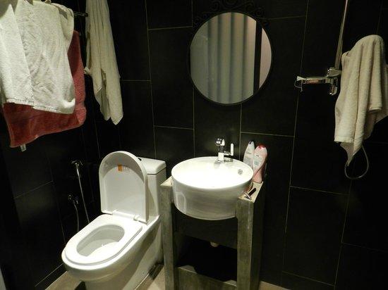 Hotel 1915 : Salle de de bain - très propre