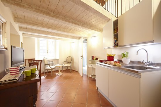 Le Stanze Di Galileo : appartamento con soppalco per 2 persone