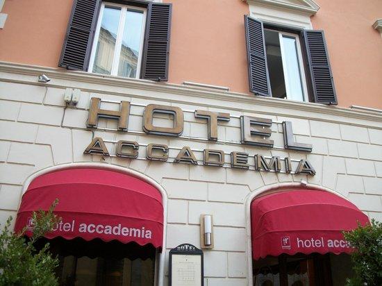 Accademia Hotel : Entrada do hotel