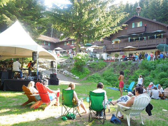 The Snorting Elk Cellar: Summer events outside the Alpine Inn and the Snorting Elk