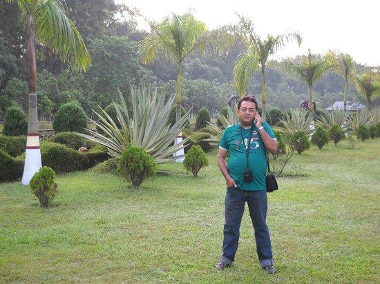 Dreamland Dooars: me in park