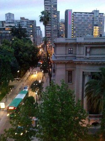 Riviera Hotel: Vista a la calle desde habitacion 71