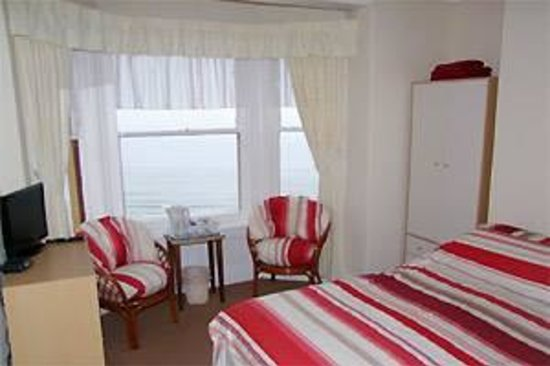 Miricia: Room 8.