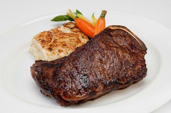 Donovan's Steak and Chop House: 16 oz USDA Prime NY Strip
