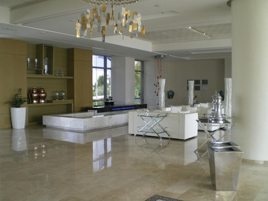 Sentido Port Royal Villas & Spa: hotel reception ,lounge & bar area