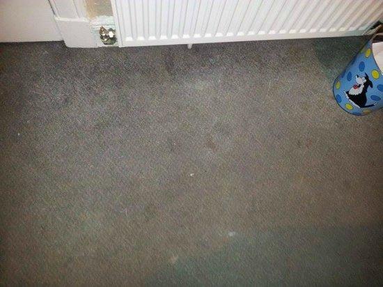 Argyll Guest House : la moquette della camera da letto