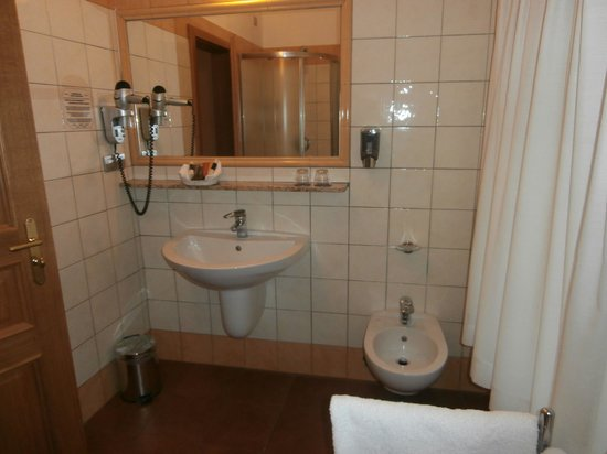 Hotel Caesar Prague: Bathroom 2