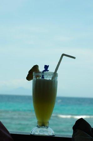 Puri Mas Boutique Resort & Spa: коктейль