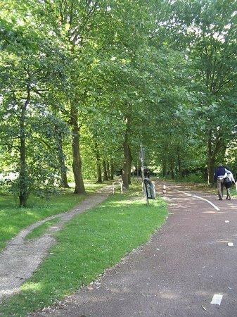 Gaasper Camping Amsterdam: la strada per arrivare al campeggio...