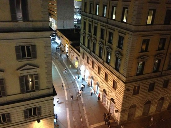 UNA Hotel Roma: View from our 5th floor room at night